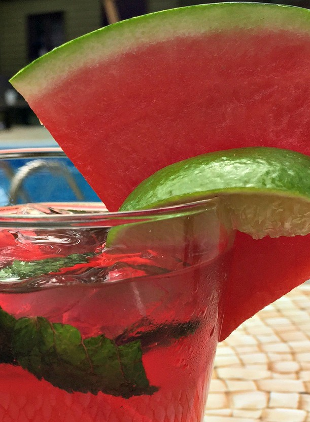 Watermelon Mojitos Recipe made with fresh lime, mint and watermelon. This easy drink recipe is perfect for a summer cocktail at apurdylittlehouse.com