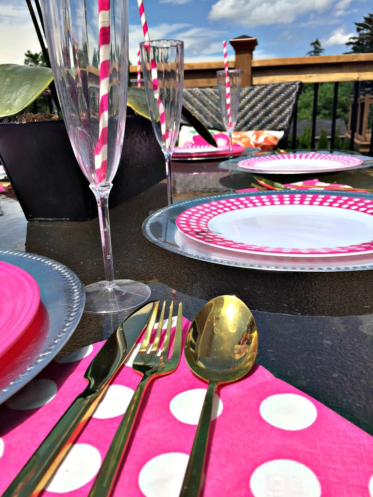 Summer Tablescape using pink and white with a sneak peek at my backyard balcony reveal