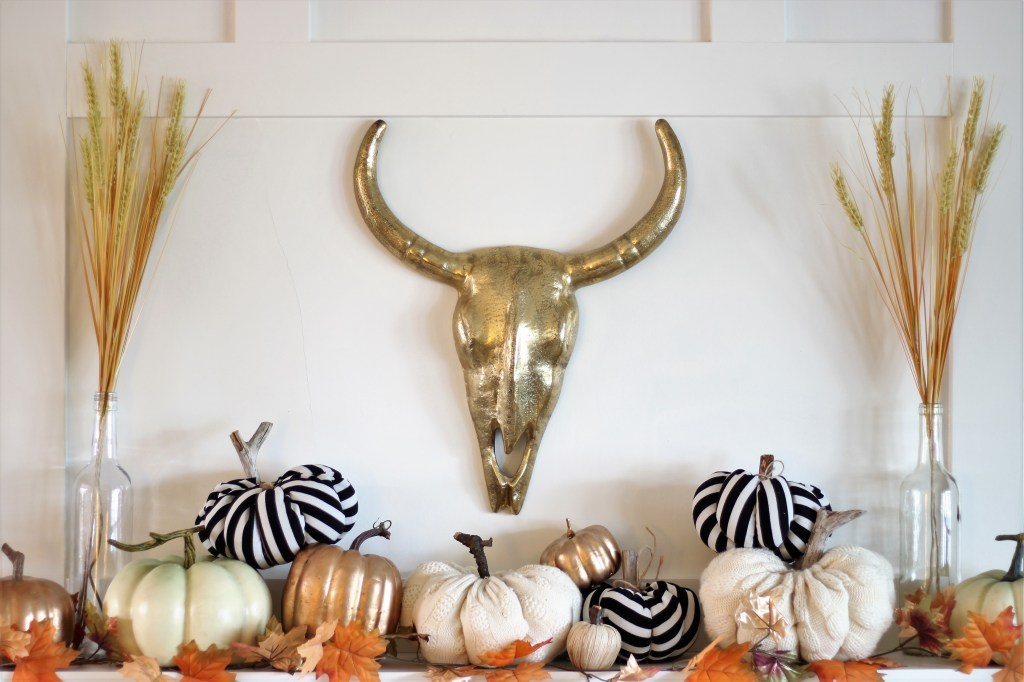 Fall Home Tour featuring neutrals, metallics and fabric pumpkins