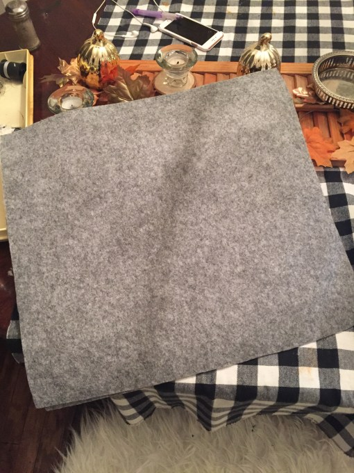 How to make a felt monocle pillow