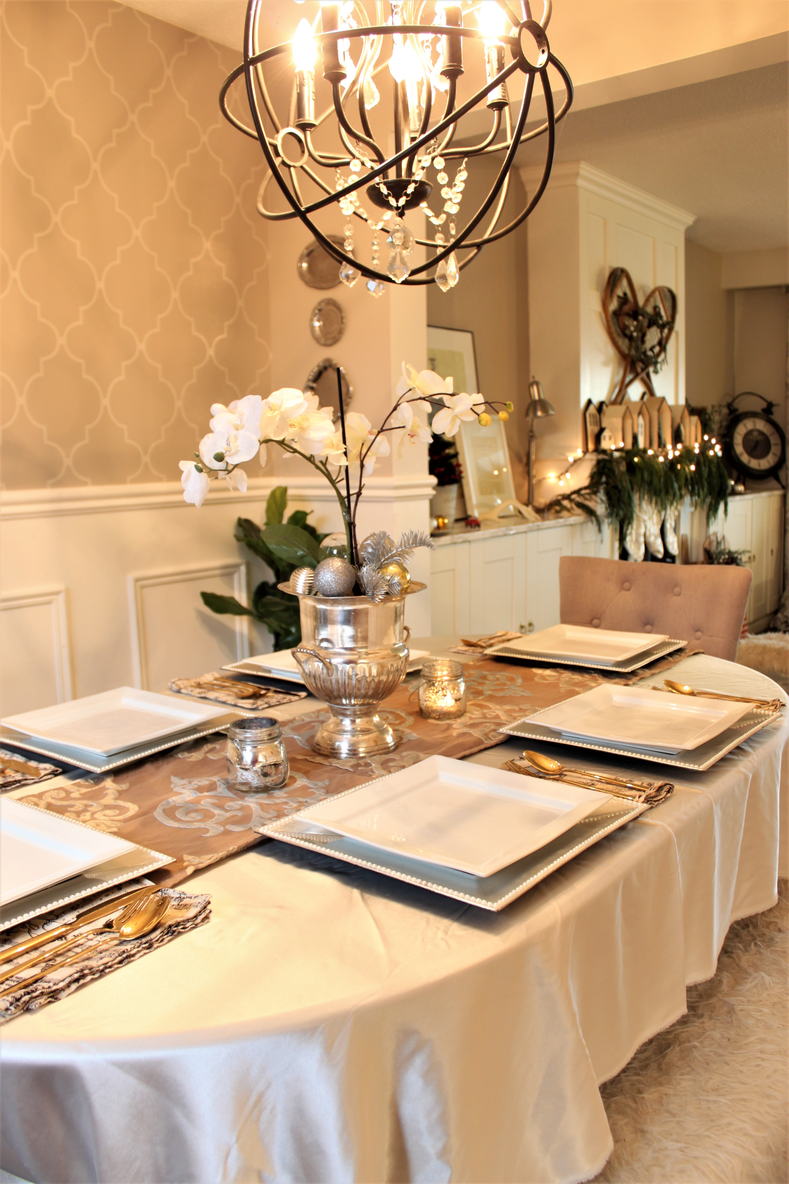 Neutral Christmas Home Tour Decor Dining Room Table Setting