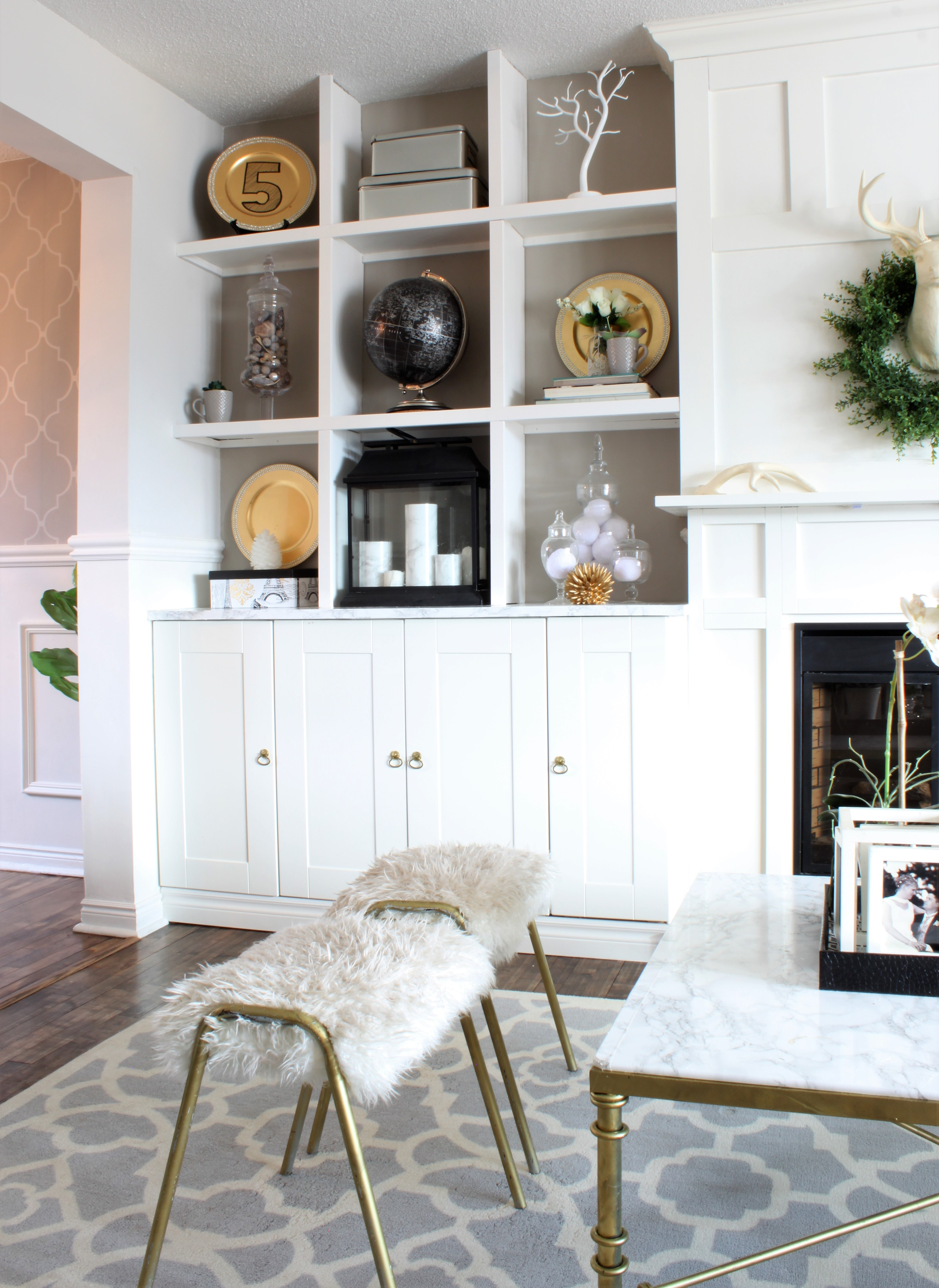 How to Create DIY Built In Shelving - a purdy little house