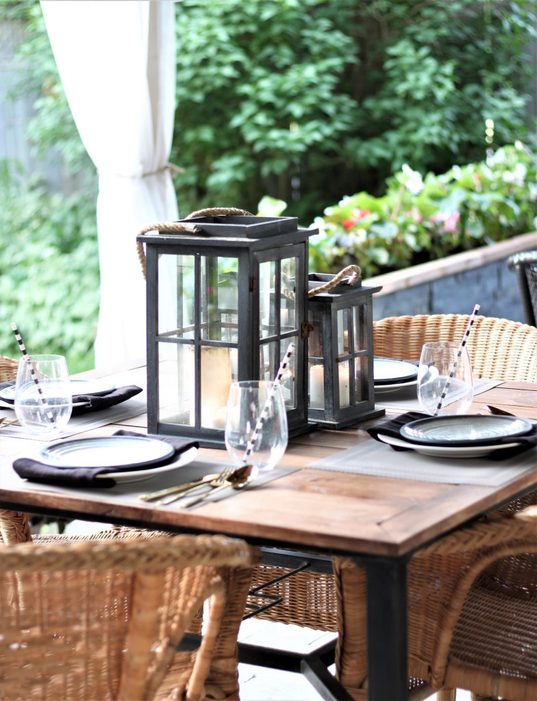 Modern Tropical Summer Tablescape in black and grey