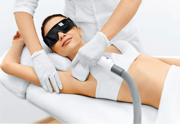Maquillaje, Tratamientos estéticos y servicios de belleza a domicilio de Madrid.