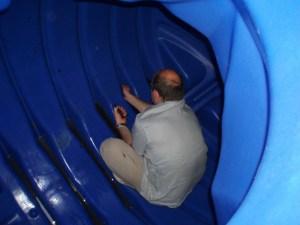 nettoyage d'une cuve de récupération d'eau de pluie