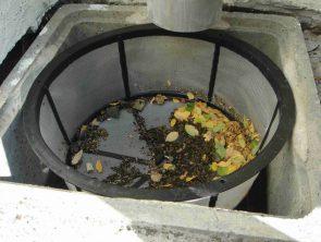 Filtre d'eau de pluie à panier pour cuve enterrée