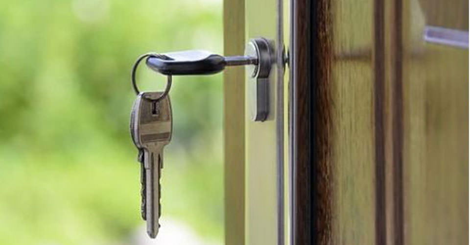 mantenimiento de puertas acorazadas