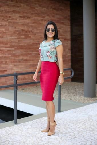 Saia Bandagem Bordô/Vermelha em Áquila Tauheny Store | Moda Evangélica