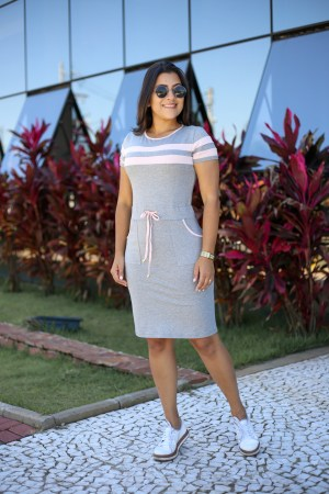 Vestido Malha Cinza com Rosa