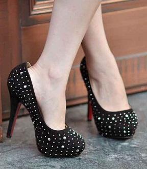 zapatos altos de tacón