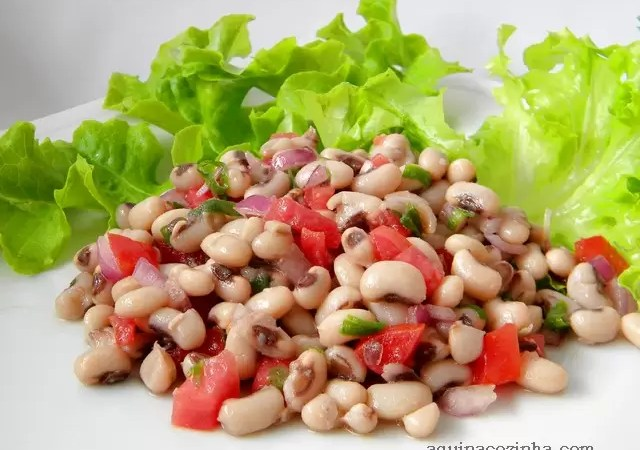 Salada de feijão fradinho