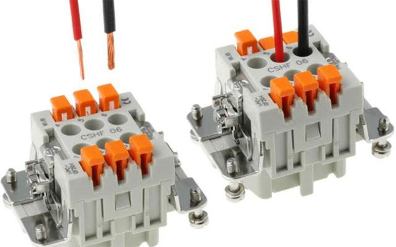 Cómo usar los conectores eléctricos rápidos