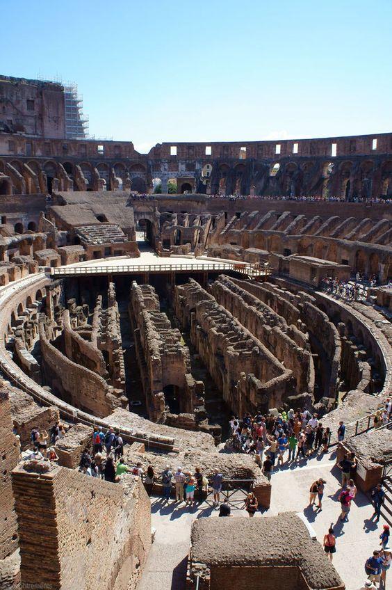 المسرح الروماني فى روما
