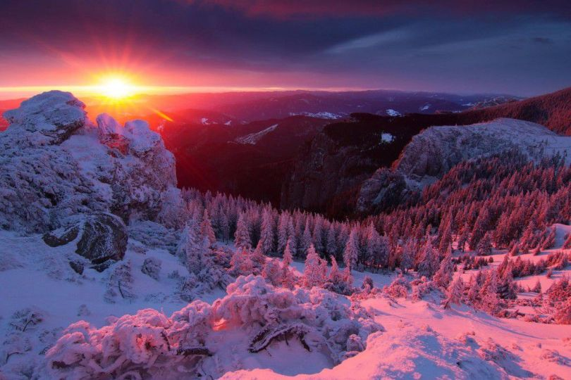 Sunrise-Over-The-Ceahlau-Massifin-Romanian