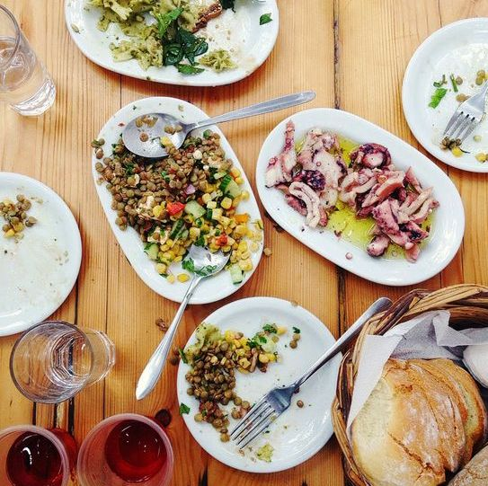 اطباق يونانية