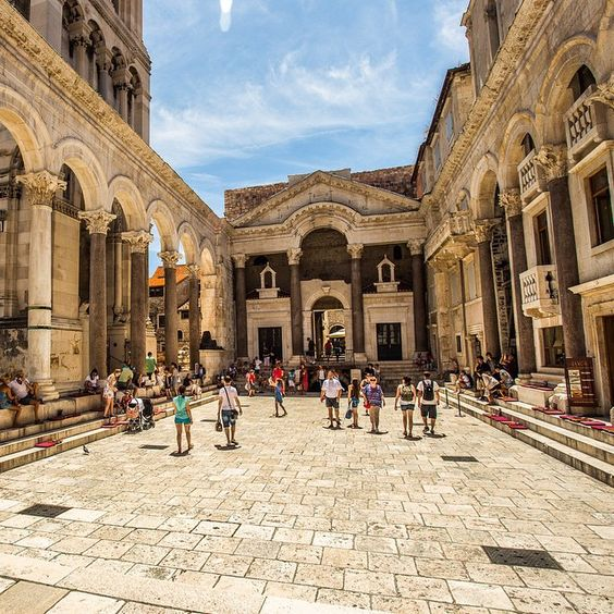 قصر ديوكلتيانوس