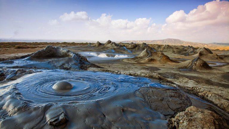 بركان الطين فى اذربيجان