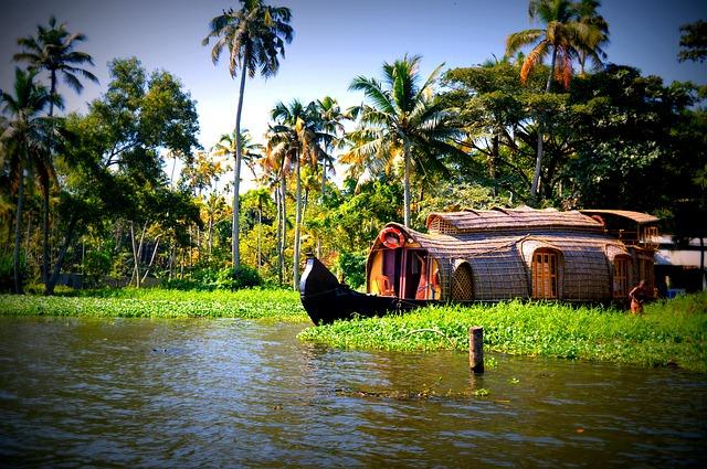رحلة قارب المنزل