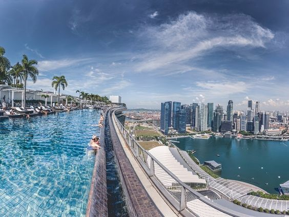 the highest infinity pool in the world