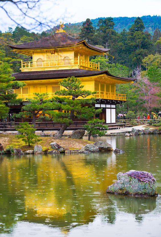 معبد كينكاكو جي