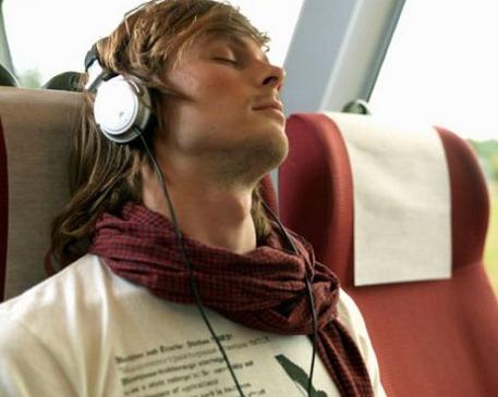 استمع إلى الموسيقى المهدئة