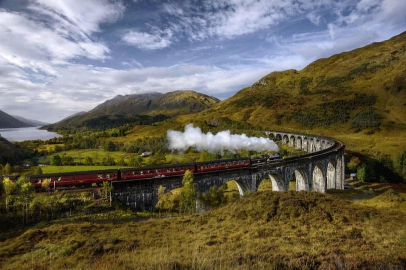 السفر بالقطار