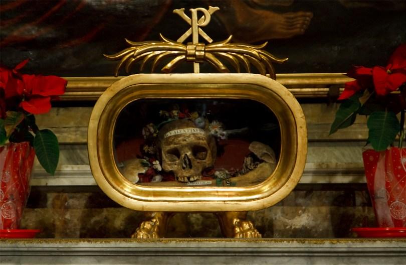 جمجمة القديس سانت فالنتين