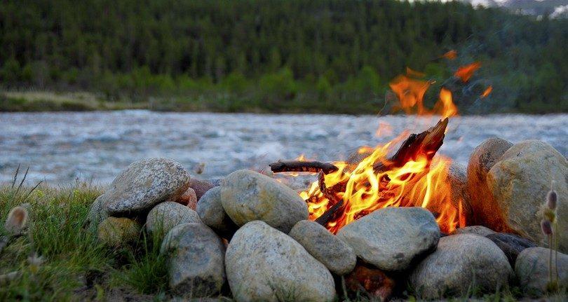 التخييم والحرائق