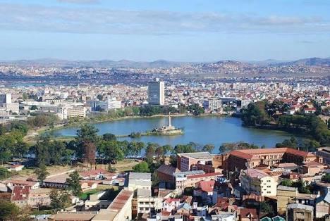 أنتاناناريفو
