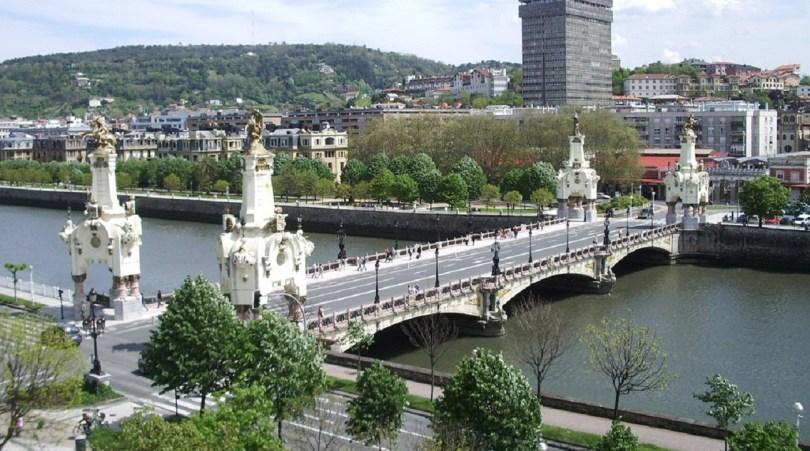 جسر María Cristina