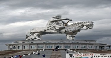 أكبر تمثال في العالم