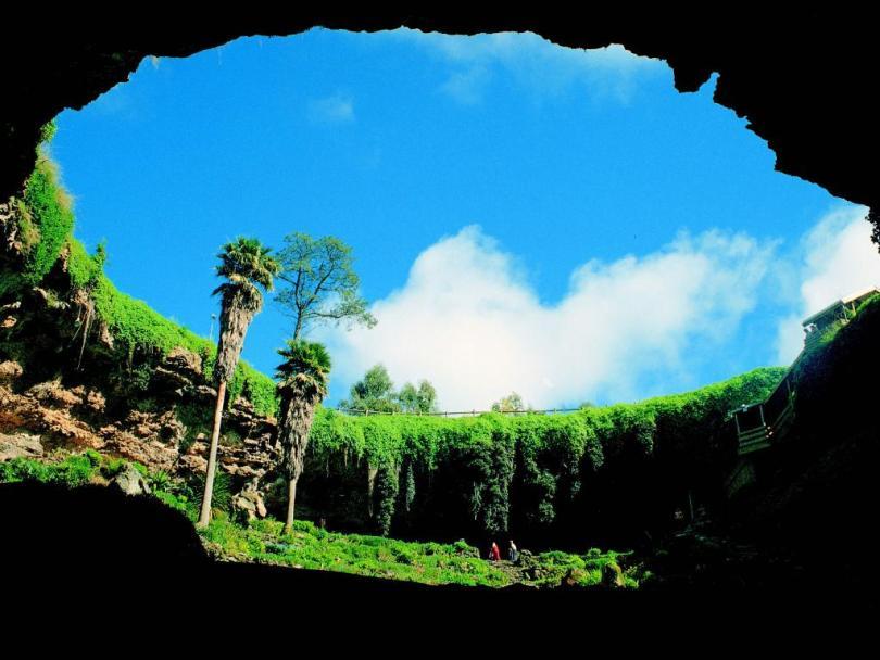جبل Cerro Sarisarinama