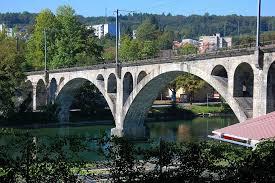 الجسر القديم فى سويسرا