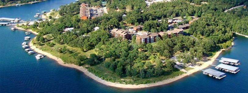 منتجع Still Waters Resort