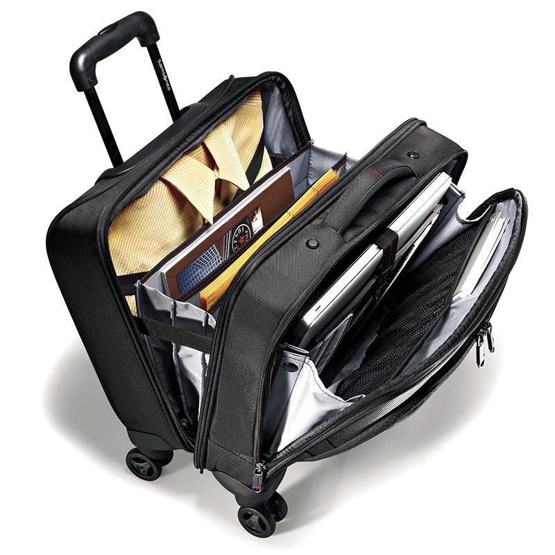 تجهيز حقيبة السفر