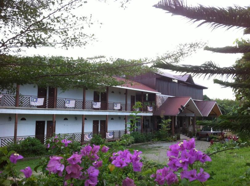 فنادق جزيرة مابول