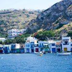 دليل المسافر الكامل لزيارة جزيرة ميلوس اليونانية