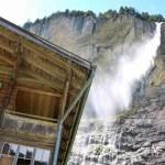 دليل السياحة في قرية لوتربرونن سويسرا