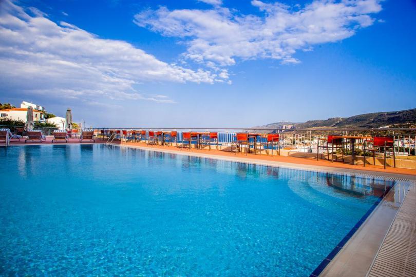 فنادق جزيرة كيثيرا