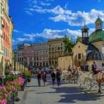 مجموعة من المعلومات المفيدة للزائر قبل السفر إلى بولندا