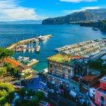 السياحة في سورينتوالإيطالية وأفضل الأماكن الموصى بها للزيارة