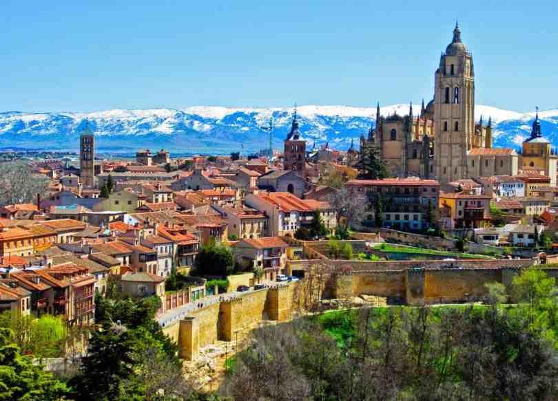 برشلونة أم مدريد