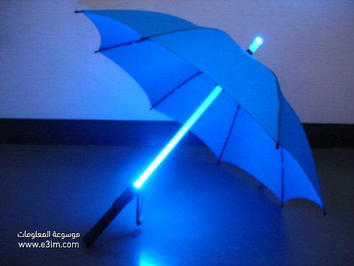 مظلة مضيئة