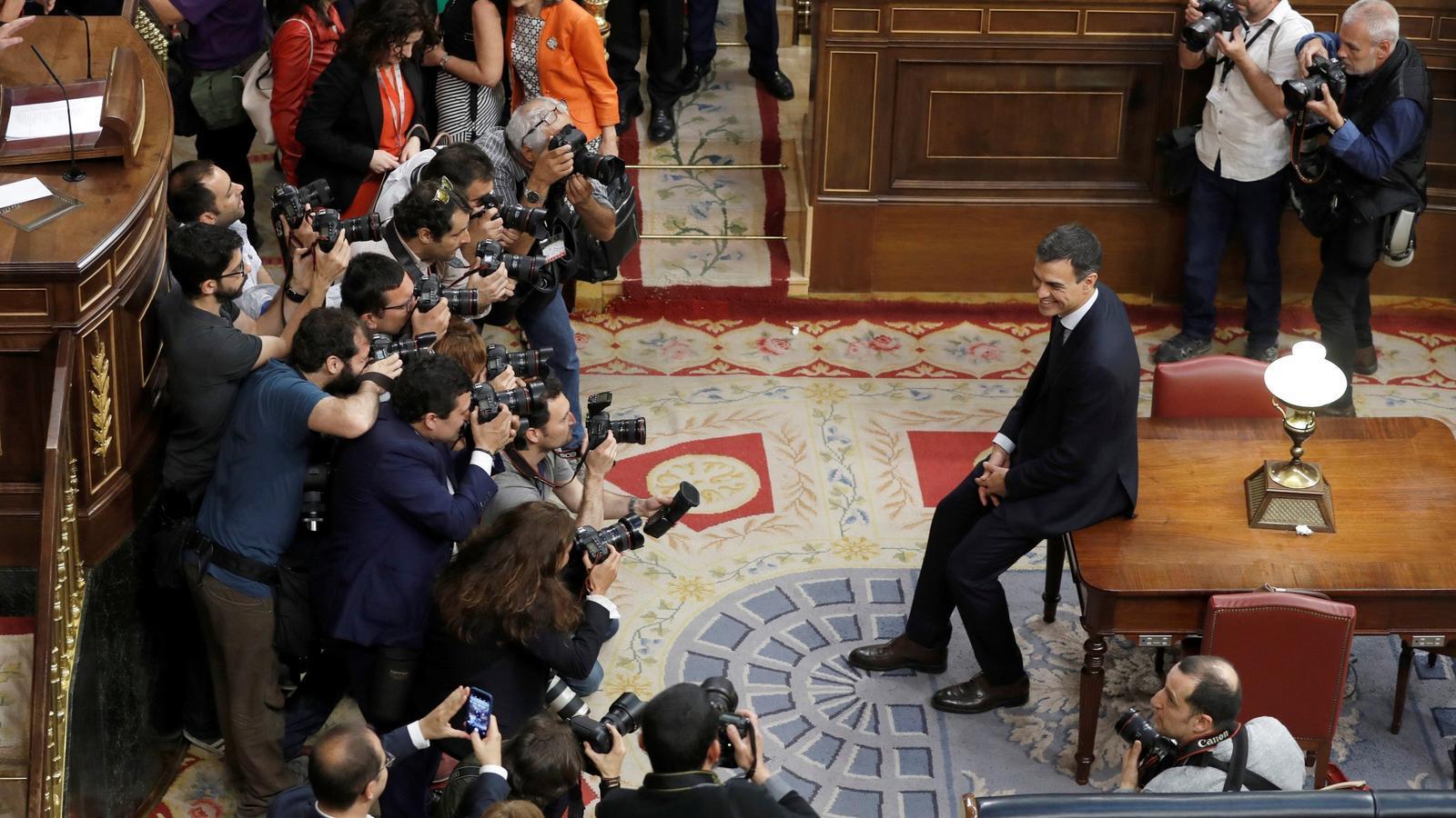 El cop d'efecte de Pedro Sánchez: balanç d'un any de la moció de censura
