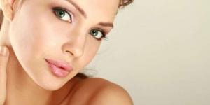 10 علامات تحدد مدى جمال الأنثى