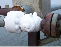 Freezing in choke valve