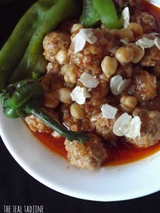 M'touem - Garlic Meatballs