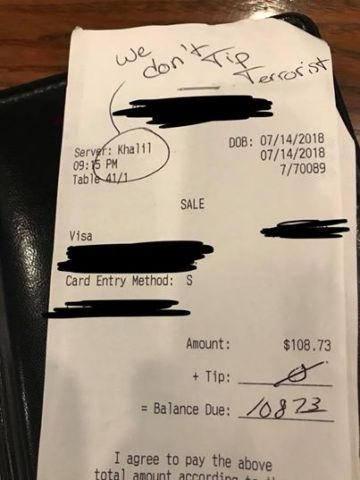 'We don't Tip Terrorist' Note Writer Banned from Texas Restaurant