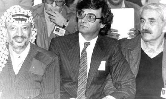 10 Facts About Legendary Poet Mahmoud Darwish