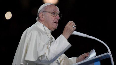 Pope Seeks Talks to Avert Syria 'Catastrophe'